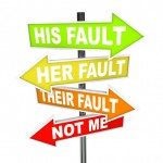 "bord met pijlen ""his fault her fault their fault not me"""